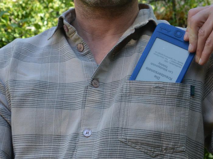 eBook - Reader im Hemden-Taschenformat
