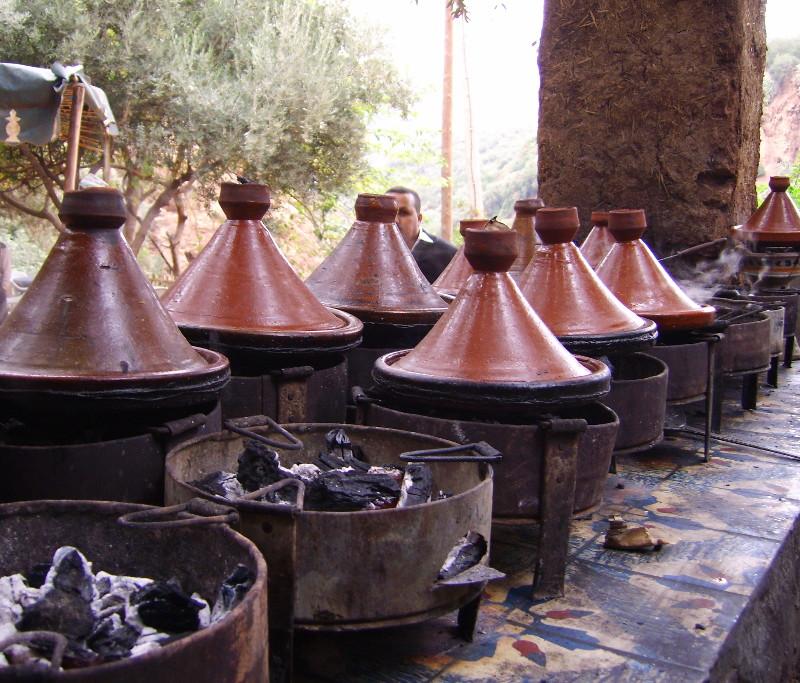 Tajine-Küche am Ouzoud Wasserfall im Atlas