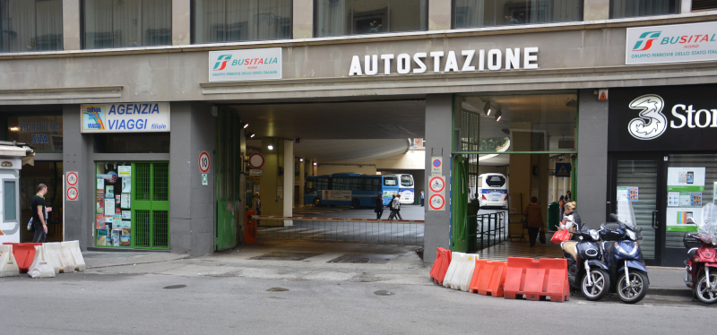 long distance bus - Coachstation Florenz