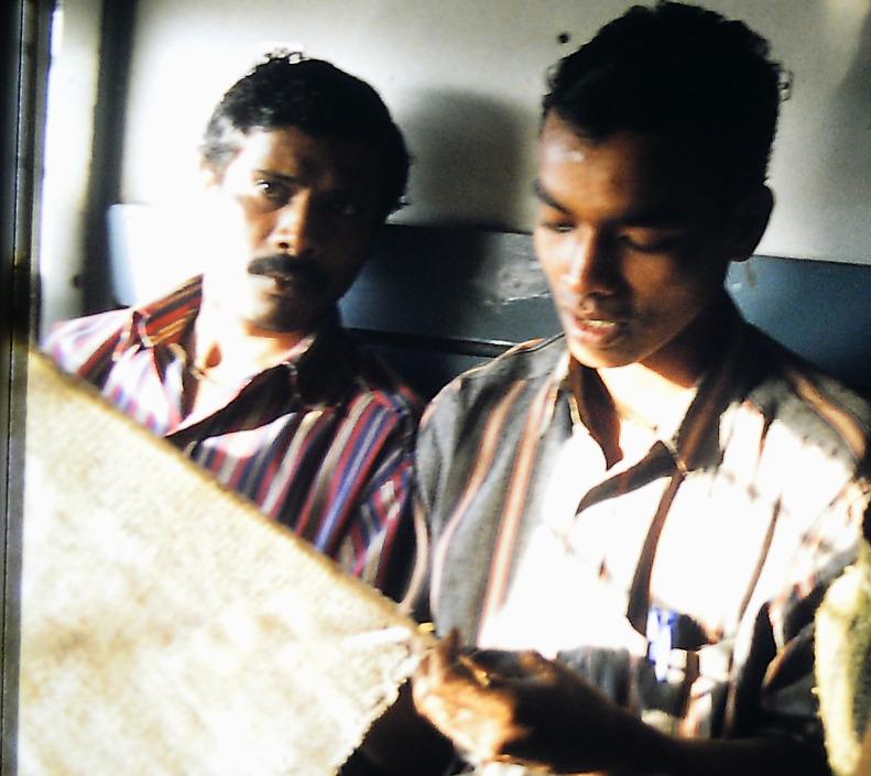 Indische Fischer im Zug