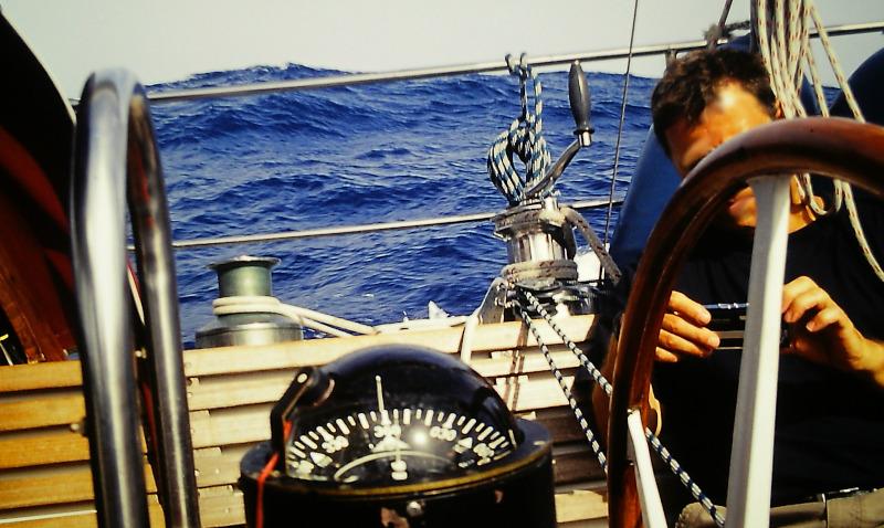 Atlantik-Segeln Kompaß-Säule