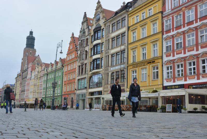Wroclaw Dwarfs City / Breslau - Northern ring of the market