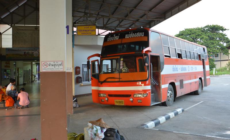 Busverkehr in Thailands Norden