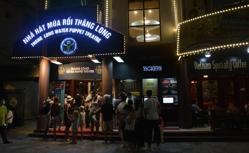 Vietnam s Wasserpuppen-Theater