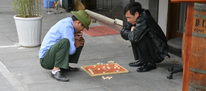 Vietnamesische Dame-Spieler