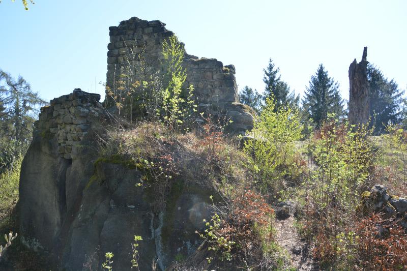 Oberlausitz Burgruine Karlsfried im Zittauer Gebirge