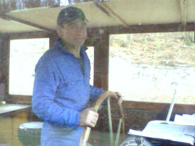 Flußboot in Frankreich - Steuermann