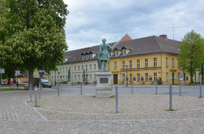 Rheinsberg Schloßplatz
