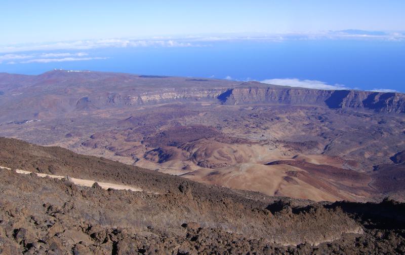 Teide auf Teneriffa - Blick vom Gipfel in Richtung Gran Canaria