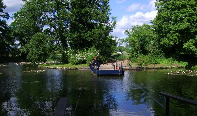Wörlitz Park Rose Island Ferry