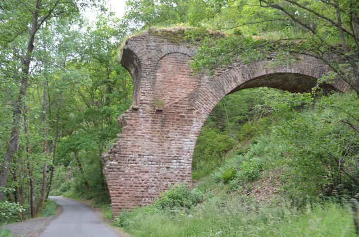 Vennbahn - Radweg Viadukt-ruine