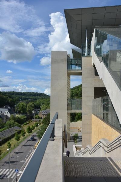 Luxemburg City - Aufzug aus dem Pfaffenthal zur Bahn-Station Pfaffenthal-Kirchberg