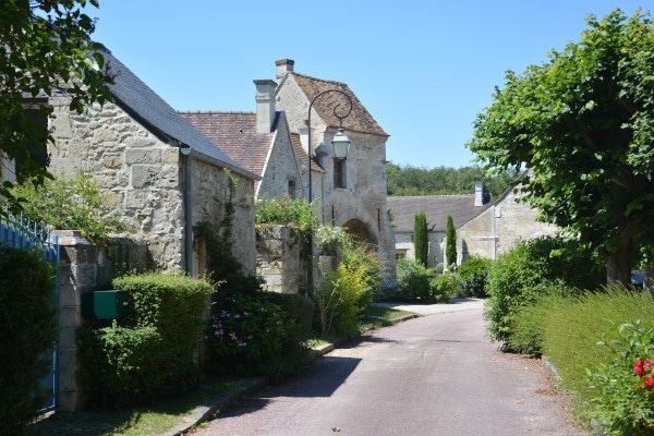 Radtour Frankreich Reims - Mont-Saint-Michel: St. Jean aux Bois