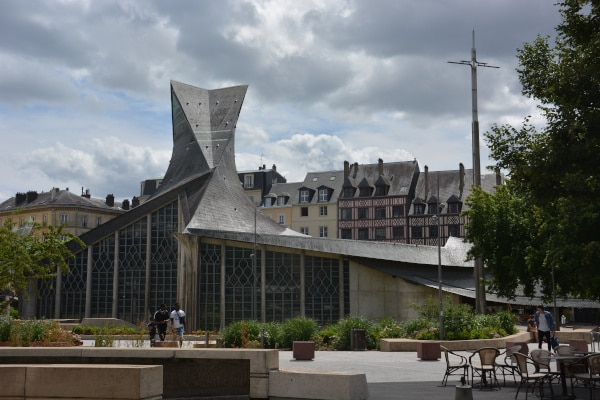Rouen - Eglise Sainte Jeanne d'Arc
