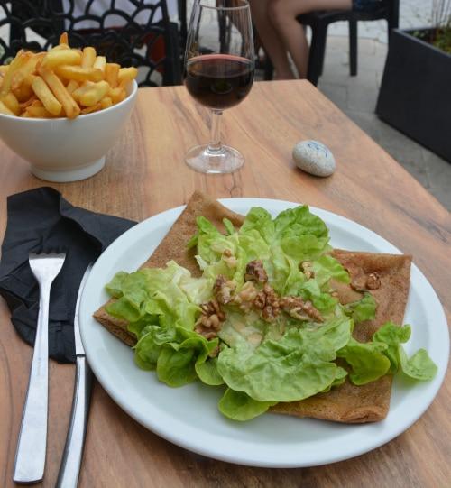 Bretonische Crepes in Roscoff, Frankreich