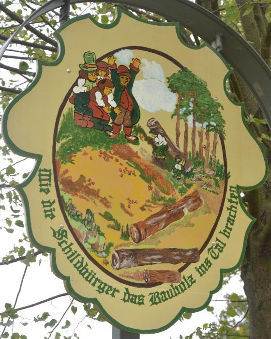 Schildau Stadt der Schildbürger - Schildbürger bringen Bauholz ins Tal