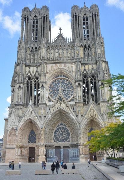 Reims mit Hausboot gut erreichbar - Kathedrale